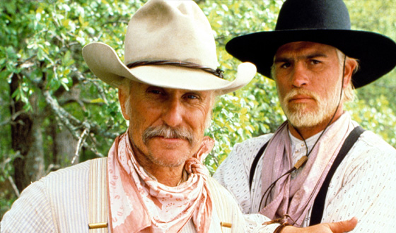"Duvall (Gus), Jones (Call) in ""Lonesome Dove"""