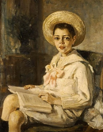 Thalia-Flora-Karavia-Boy-reading